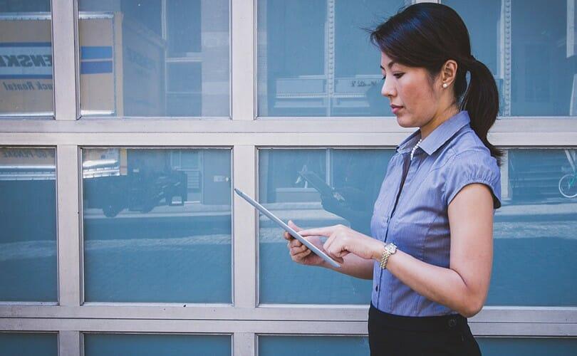 Finanzanalyst werden mit Online Kursen Finanzen Analyst