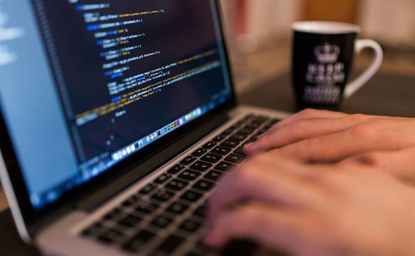 Programmieren lernen mit diesen Online Kursen
